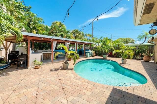 727 SW 25th Avenue, Boynton Beach, FL 33435 (#RX-10739660) :: Posh Properties
