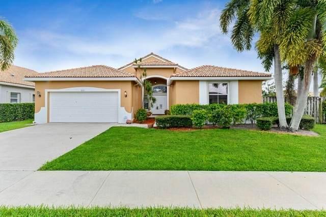 9241 Cove Point Circle, Boynton Beach, FL 33472 (#RX-10742431) :: Posh Properties