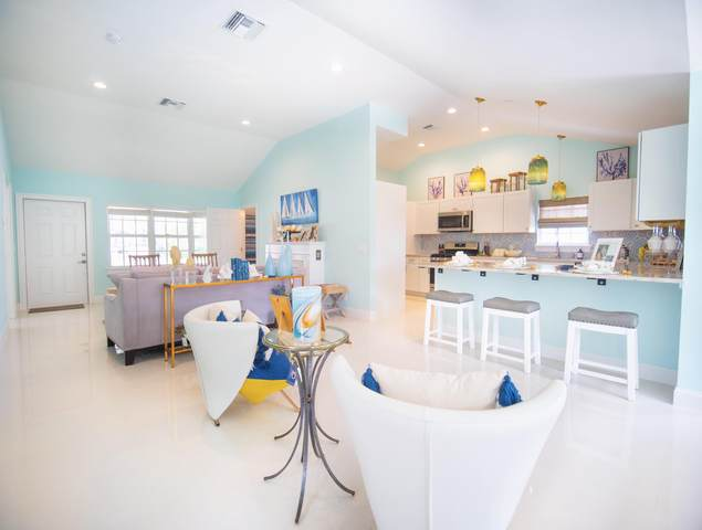 312 N Palmway, Lake Worth Beach, FL 33460 (#RX-10743118) :: The Power of 2 | Century 21 Tenace Realty