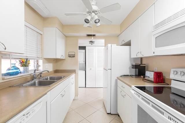 23 Golfs Edge A, West Palm Beach, FL 33417 (#RX-10743877) :: Michael Kaufman Real Estate