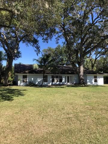 3521 SE Kubin Avenue, Stuart, FL 34997 (#RX-10744193) :: Posh Properties