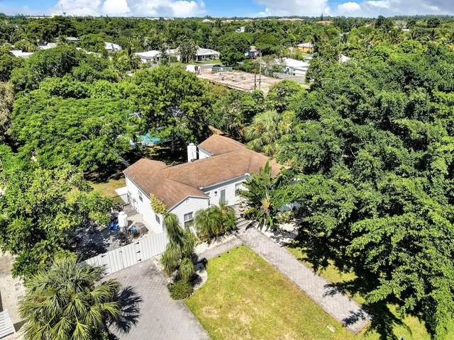 215 NE 13th Street, Delray Beach, FL 33444 (MLS #RX-10744340) :: Castelli Real Estate Services