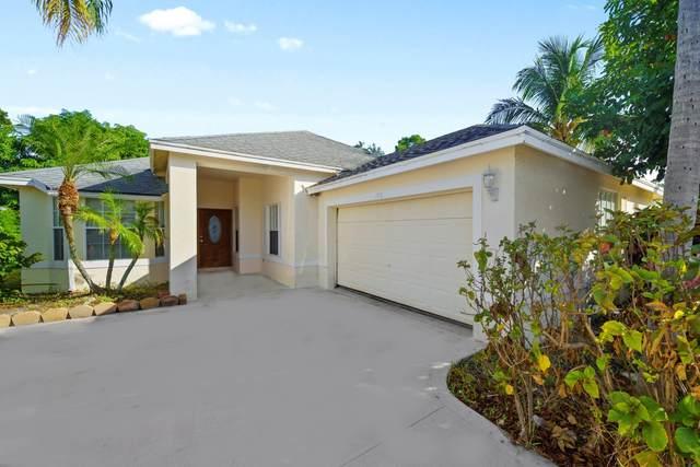 1576 Lake Breeze Drive, Wellington, FL 33414 (MLS #RX-10744747) :: Castelli Real Estate Services