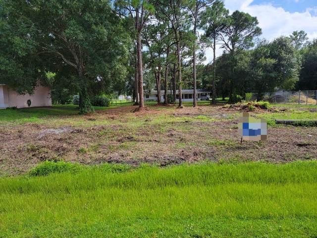 6801 Deland Avenue, Fort Pierce, FL 34951 (#RX-10745000) :: Posh Properties