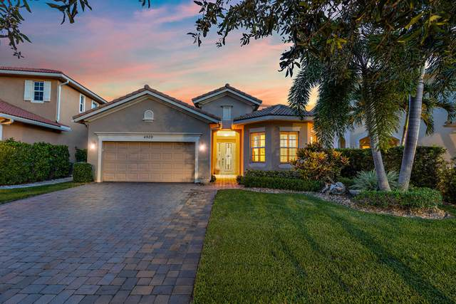 4909 Pacifico Court, Palm Beach Gardens, FL 33418 (#RX-10745263) :: Heather Towe | Keller Williams Jupiter