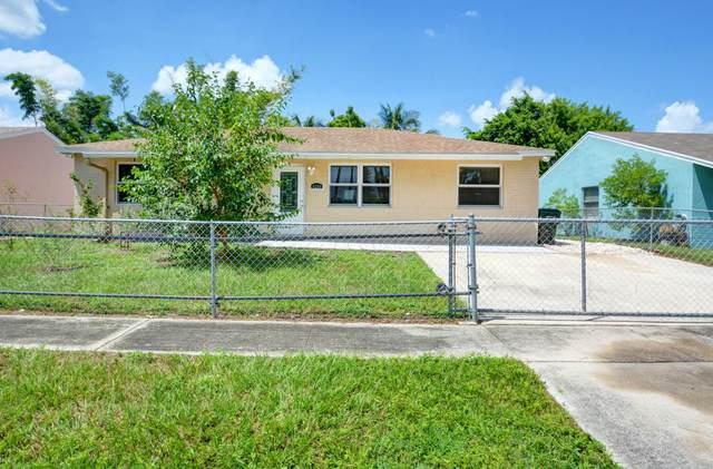 4208 Caesar Circle, Greenacres, FL 33463 (#RX-10745455) :: Baron Real Estate