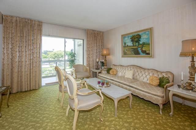 2721 Garden Drive N #301, Lake Worth, FL 33461 (#RX-10746075) :: IvaniaHomes | Keller Williams Reserve Palm Beach