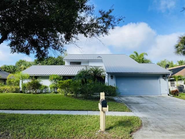 18820 Misty Lake Drive, Jupiter, FL 33458 (#RX-10746283) :: Michael Kaufman Real Estate