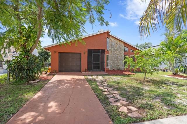 556 NW 55th Terrace, Boca Raton, FL 33487 (MLS #RX-10746716) :: Castelli Real Estate Services