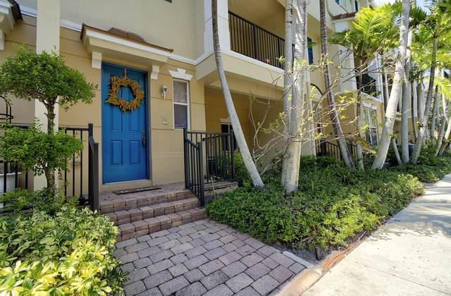 3164 N Greenleaf Circle, Boynton Beach, FL 33426 (#RX-10748197) :: Michael Kaufman Real Estate