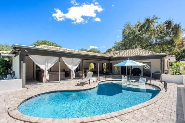 2264 Holly Lane, Palm Beach Gardens, FL 33410 (#RX-10748799) :: The Reynolds Team | Compass