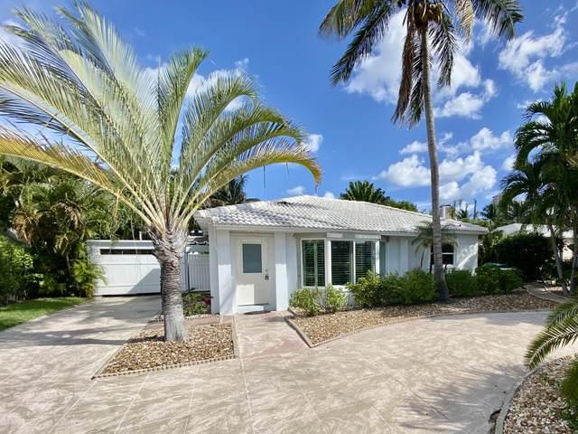 1140 Beach Road, Riviera Beach, FL 33404 (#RX-10748821) :: IvaniaHomes | Keller Williams Reserve Palm Beach