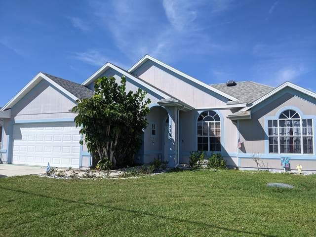 2321 SE Calcutta Circle, Port Saint Lucie, FL 34952 (#RX-10751881) :: Heather Towe | Keller Williams Jupiter
