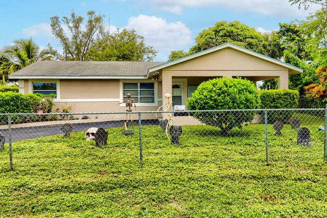 636 Snead Circle, West Palm Beach, FL 33413 (MLS #RX-10752689) :: The Jack Coden Group