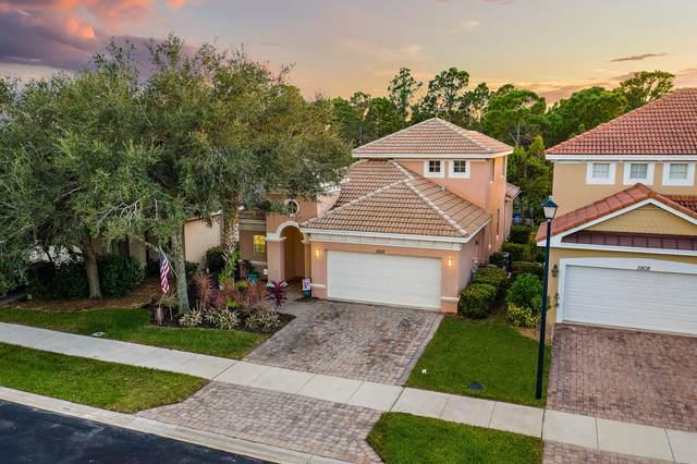 5816 SE Crooked Oak Avenue, Hobe Sound, FL 33455 (#RX-10753476) :: Baron Real Estate
