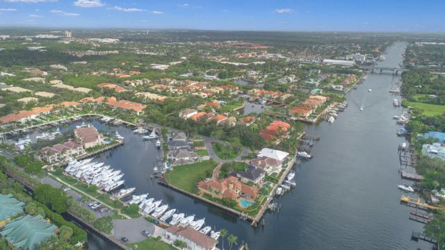 717 Harbour Point Drive, North Palm Beach, FL 33408 (#RX-10454809) :: Ryan Jennings Group