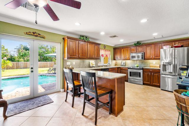 145 NW 8th Street, Boca Raton, FL 33432 (#RX-10534545) :: Ryan Jennings Group