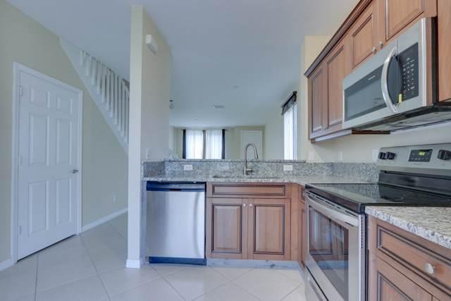 1928 Hibiscus Lane, Riviera Beach, FL 33404 (#RX-10586747) :: Ryan Jennings Group