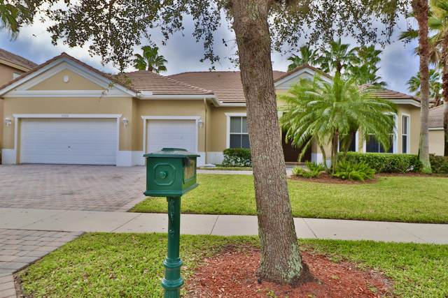 9380 Savannah Estates Drive, Lake Worth, FL 33467 (#RX-10596709) :: Ryan Jennings Group