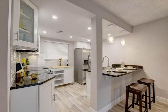 5220 Las Verdes Circle #215, Delray Beach, FL 33484 (#RX-10603509) :: Ryan Jennings Group