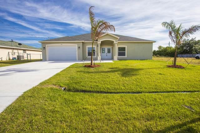 404 SW Ridgecrest Drive, Port Saint Lucie, FL 34953 (#RX-10609917) :: Ryan Jennings Group