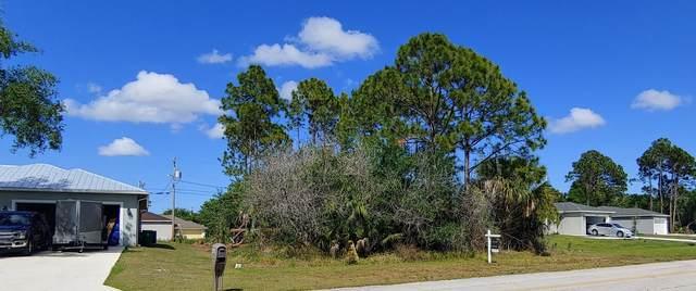2217 SW Savage Boulevard, Port Saint Lucie, FL 34953 (#RX-10610113) :: Ryan Jennings Group