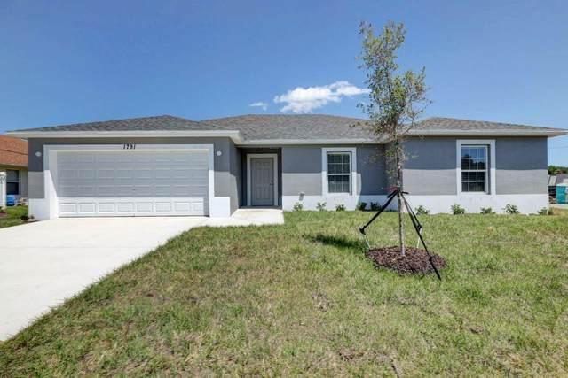 950 SW Tunis Avenue, Port Saint Lucie, FL 34953 (#RX-10613718) :: Ryan Jennings Group