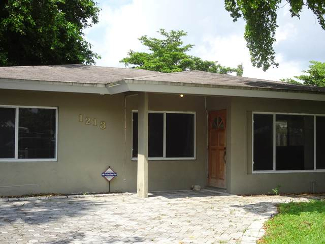 1213 NW 7th Avenue, Fort Lauderdale, FL 33311 (#RX-10645424) :: Ryan Jennings Group