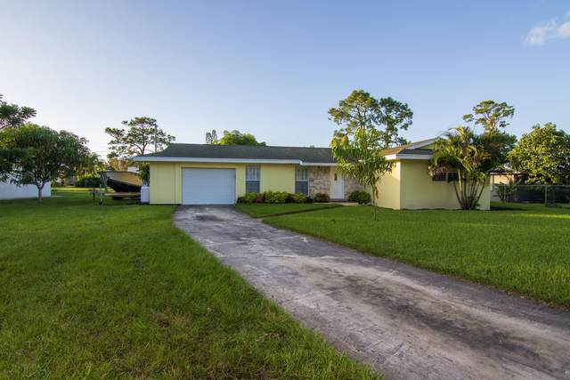 437 SE Gasparilla Avenue, Port Saint Lucie, FL 34983 (MLS #RX-10649506) :: Miami Villa Group