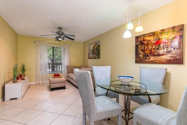 2915 NE 8th Terrace #202, Oakland Park, FL 33334 (MLS #RX-10659865) :: Berkshire Hathaway HomeServices EWM Realty