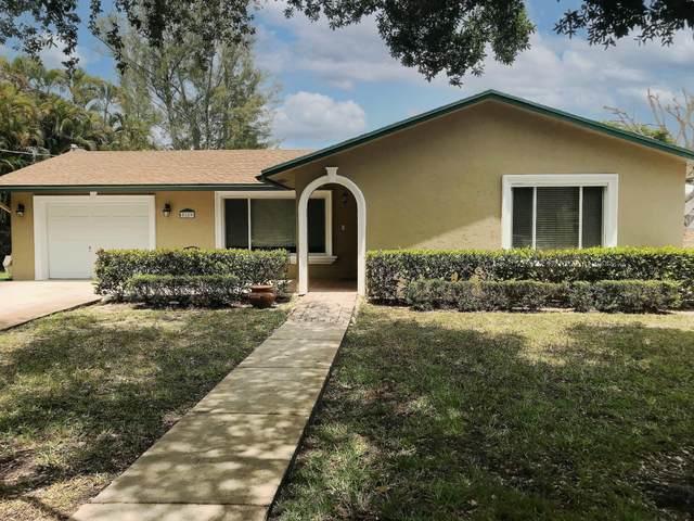 5389 Canal Drive, Lake Worth, FL 33463 (#RX-10713082) :: Michael Kaufman Real Estate
