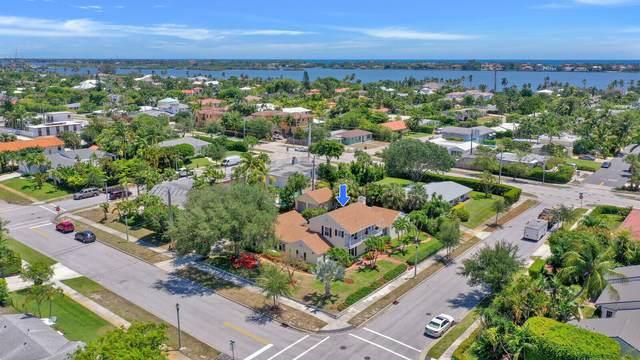 311 Colonial Road, West Palm Beach, FL 33405 (#RX-10714066) :: Michael Kaufman Real Estate