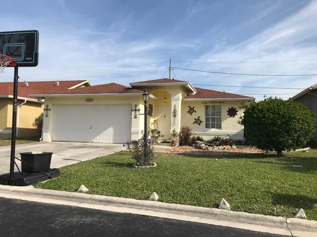 4223 Willowood Lane, Atlantis, FL 33462 (MLS #RX-10723623) :: Berkshire Hathaway HomeServices EWM Realty