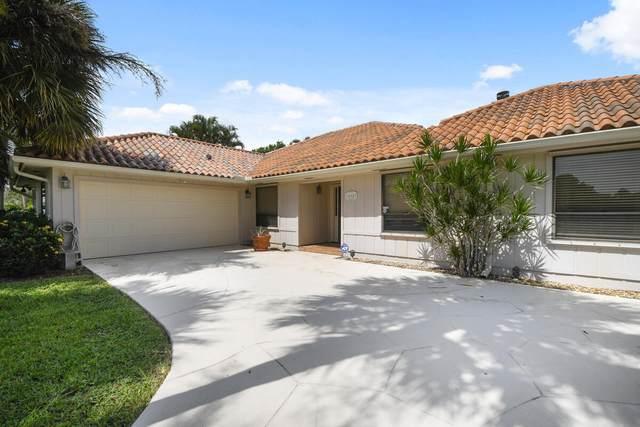 12907 N N. Normandy Way, Palm Beach Gardens, FL 33410 (#RX-10730001) :: Dalton Wade