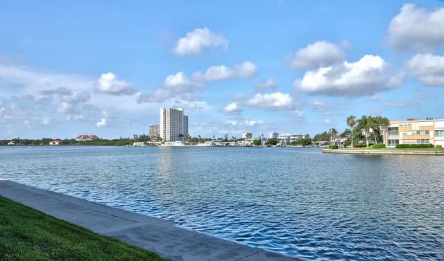 7645 Sun Island Drive S #207, St. Petersburg, FL 33707 (#RX-10734318) :: IvaniaHomes | Keller Williams Reserve Palm Beach
