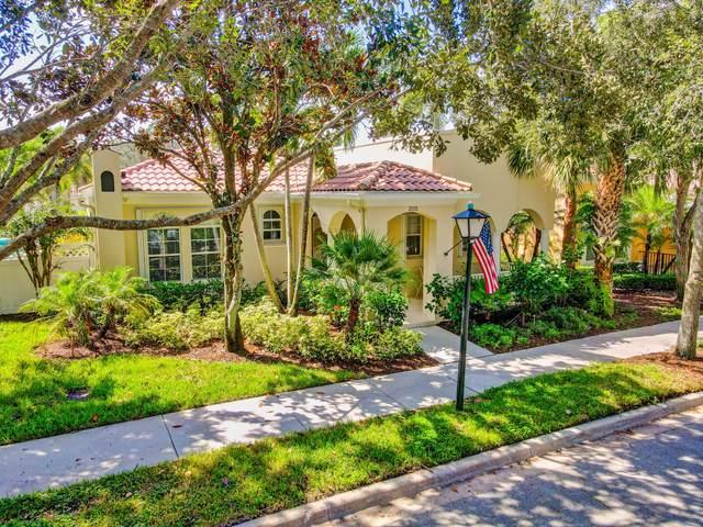 205 Florence Drive, Jupiter, FL 33458 (MLS #RX-10744060) :: Berkshire Hathaway HomeServices EWM Realty