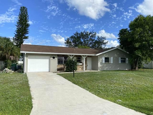 607 SE Forgal Street, Port Saint Lucie, FL 34983 (#RX-10748501) :: Posh Properties