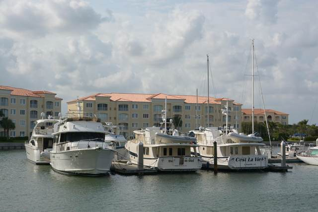 15 Harbour Isle Drive W #102, Fort Pierce, FL 34949 (#RX-10562772) :: Ryan Jennings Group