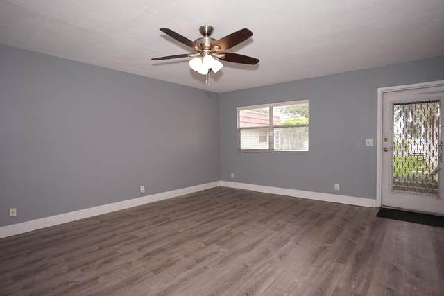 220 Waterford J, Delray Beach, FL 33446 (#RX-10655015) :: Posh Properties