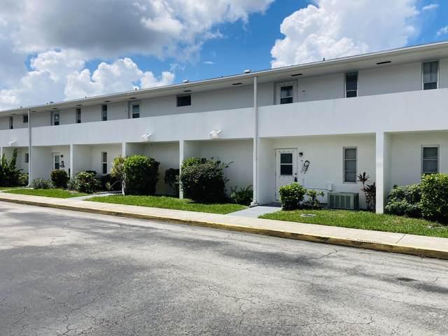 68 East Court, Royal Palm Beach, FL 33411 (#RX-10729775) :: Dalton Wade