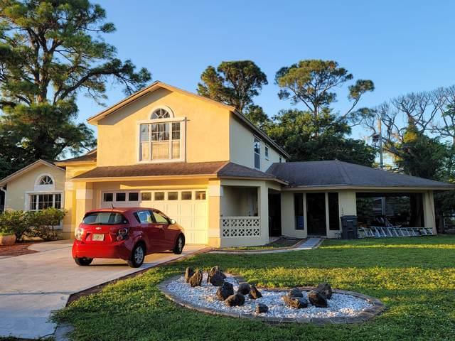 2393 Crawford Court, Lake Worth, FL 33462 (#RX-10750404) :: Heather Towe | Keller Williams Jupiter