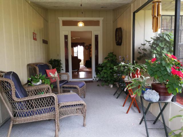 6107 Bamboo Drive, Fort Pierce, FL 34982 (#RX-10475812) :: The Reynolds Team/Treasure Coast Sotheby's International Realty