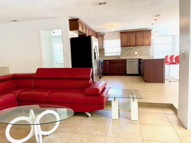 3661 NW 114th Avenue, Coral Springs, FL 33065 (#RX-10605863) :: Ryan Jennings Group