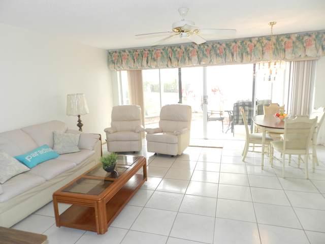 7 Greenway Village N #105, Royal Palm Beach, FL 33411 (#RX-10653963) :: Baron Real Estate