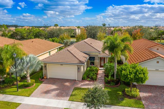 10100 SW Oak Tree Circle, Port Saint Lucie, FL 34987 (MLS #RX-10680716) :: THE BANNON GROUP at RE/MAX CONSULTANTS REALTY I