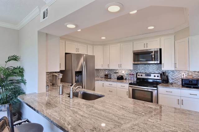 1700 Ocean Drive #204, Vero Beach, FL 32963 (#RX-10384401) :: Ryan Jennings Group