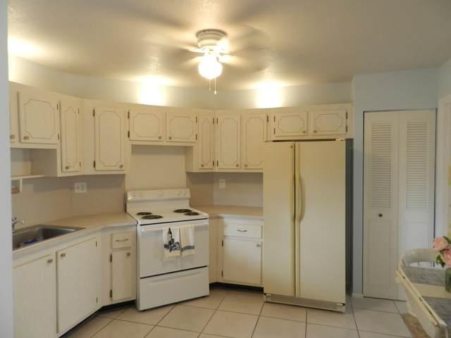 7 Greenway Village N #105, Royal Palm Beach, FL 33411 (#RX-10653963) :: Heather Towe | Keller Williams Jupiter