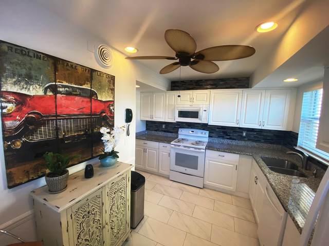 17 Colonial Club Drive #205, Boynton Beach, FL 33435 (#RX-10659425) :: Posh Properties