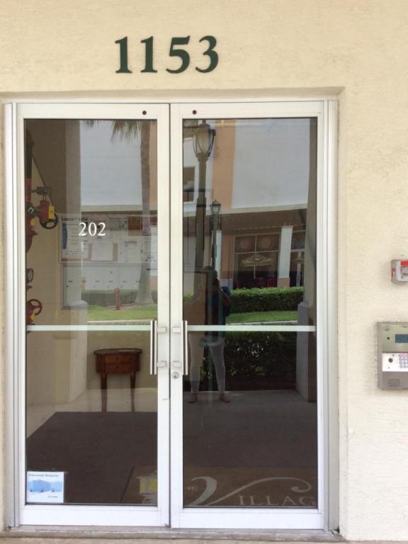1153 Town Center Drive #202, Jupiter, FL 33458 (#RX-10345044) :: Amanda Howard Real Estate