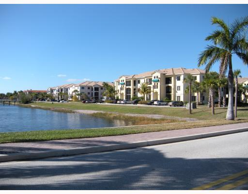 3020 Alcazar Place #104, Palm Beach Gardens, FL 33410 (#RX-10346122) :: Ryan Jennings Group